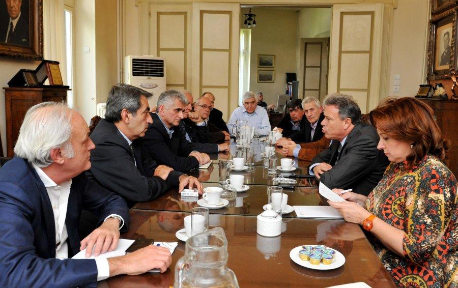 Επί τάπητος τα αυξημένα προβλήματα του εμπορικού κλάδου της Αθήνας