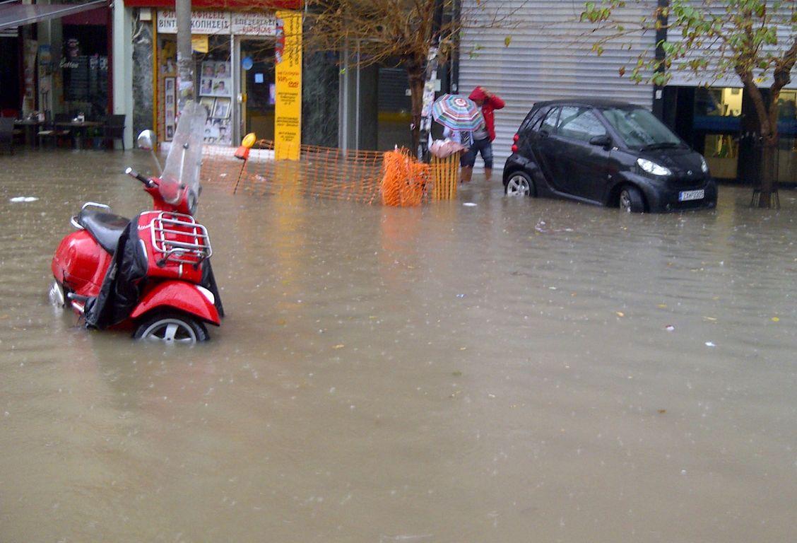 Πλημμύρες στην Αττική : Για δεύτερη συνεχή χρονιά «πιάστηκαν στον ύπνο» Κεντρικό Κράτος και Περιφέρεια