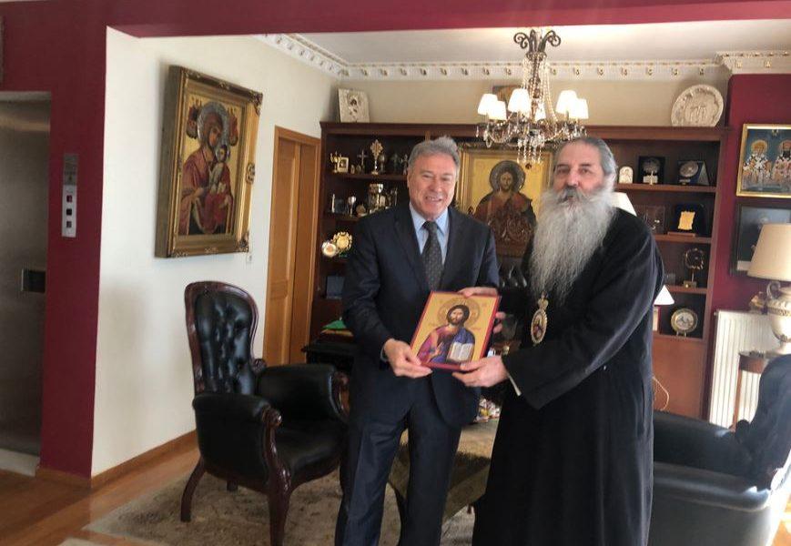 Συνάντηση Γ. Σγουρού με τον Μητροπολίτη Πειραιώς κ. Σεραφείμ