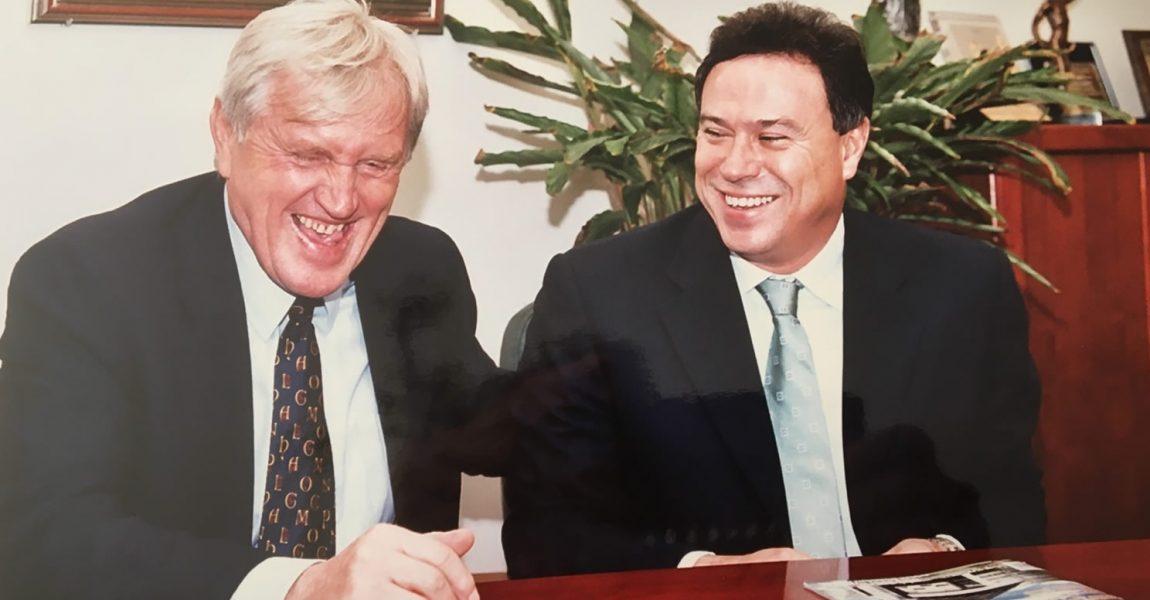 Νοέμβριος 2002 με τον Γιάτσεκ Γκμοχ και την αθλητική ηγεσία της Πολωνίας στο Υπουργείο Αθλητισμού.